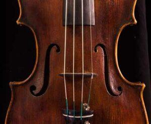 Stainer violin soundholes
